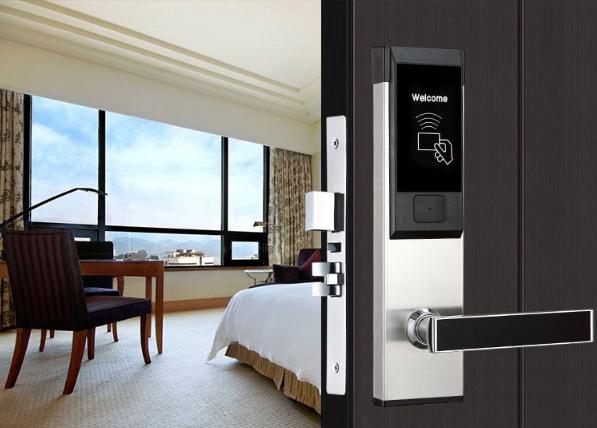 HL8065b - Khóa thẻ từ - Giải pháp cho khách sạn của bạn